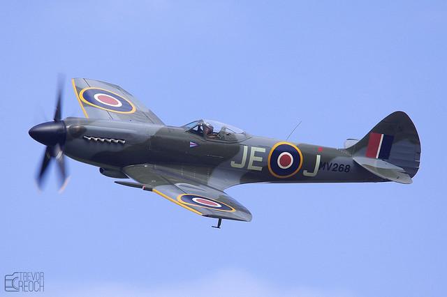 Spitfire, MV268 FR XIV G-SPIT