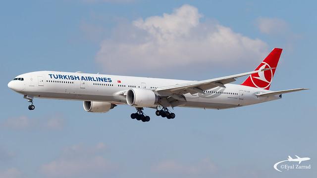 TLV - Turkish Airlines Boeing 777-300 TC-JJZ