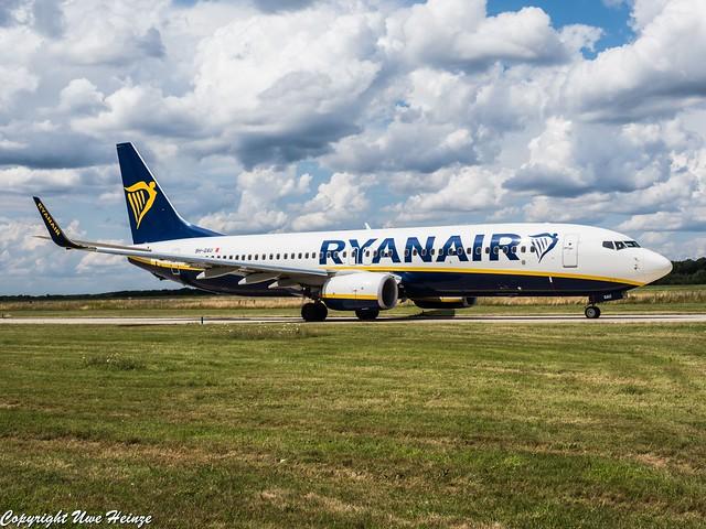 Ryanair 9H-QAU