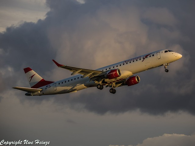 Austrian Airlines OE-LWP (A)