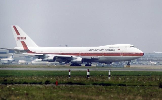 PK-GSF Boeing 747-2U3B of Garuda Indonesian Airways making a rare visit to London Heathrow
