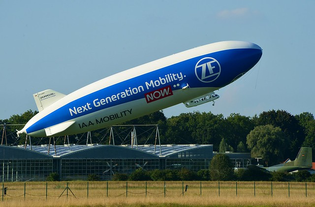 Oberschleißheim - Zeppelin NT Take-Off