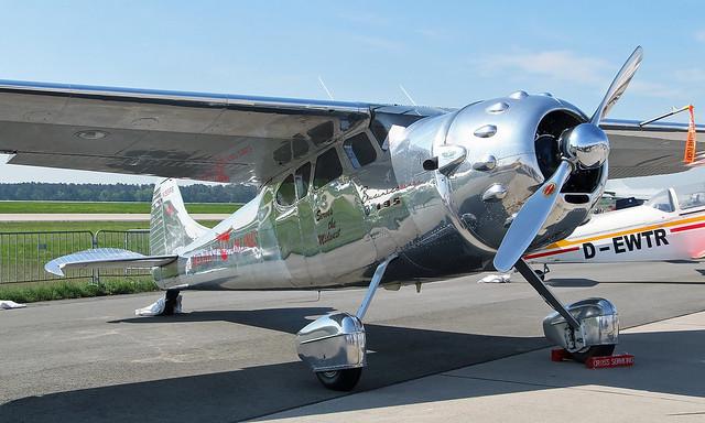 Cessna 195A N195RS [7594]