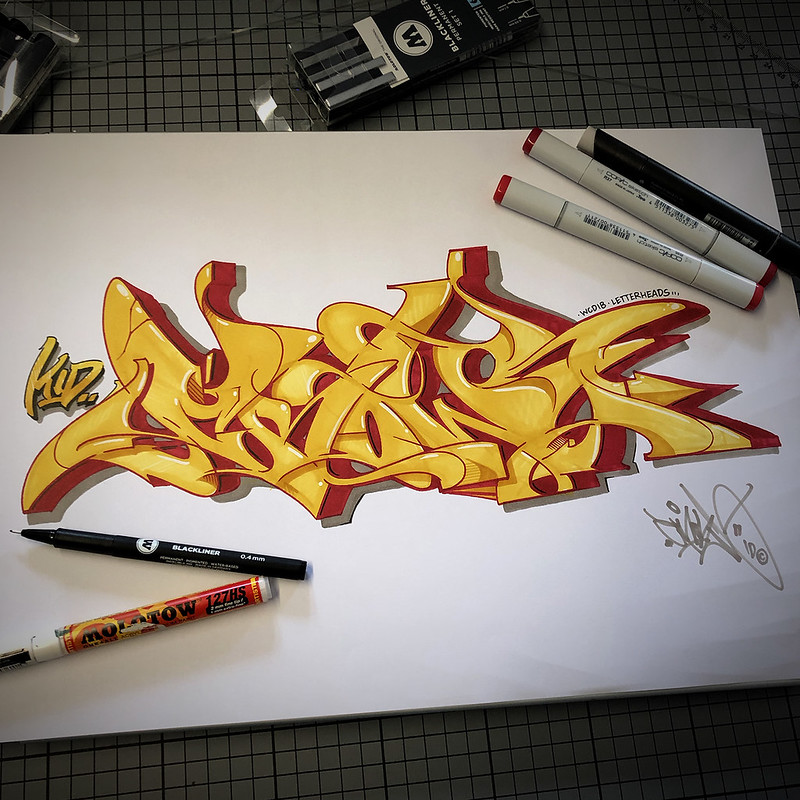 crow_red_yellow