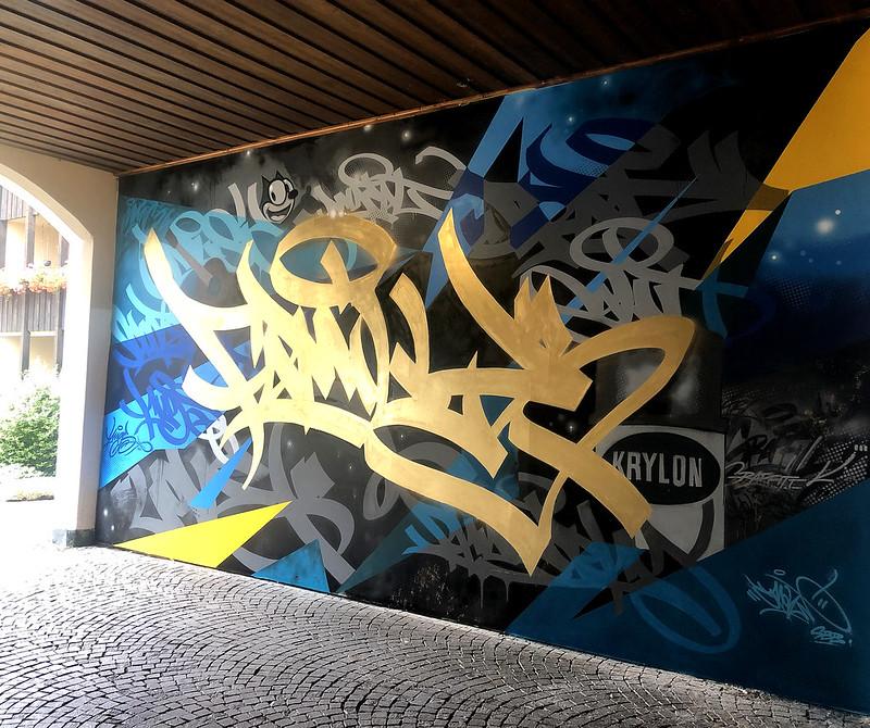 family_mural