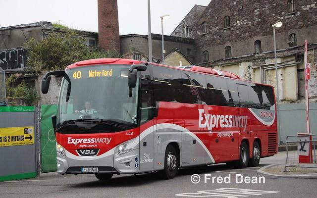 Bus Éireann LX 29 (211-D-25016).