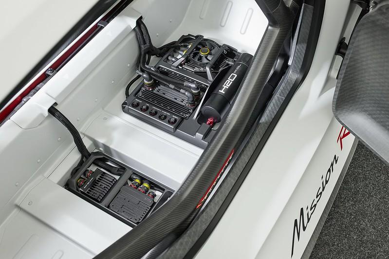 Porsche-Mission-R (19)