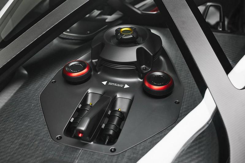 Porsche-Mission-R (17)