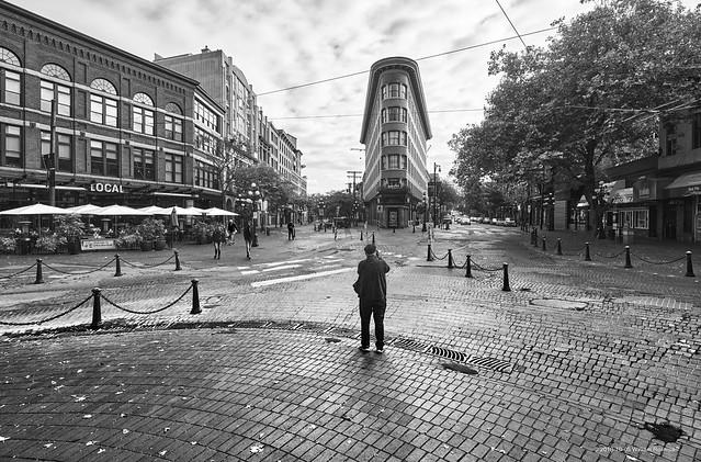 The Photographer - Flatiron Building Vancouver
