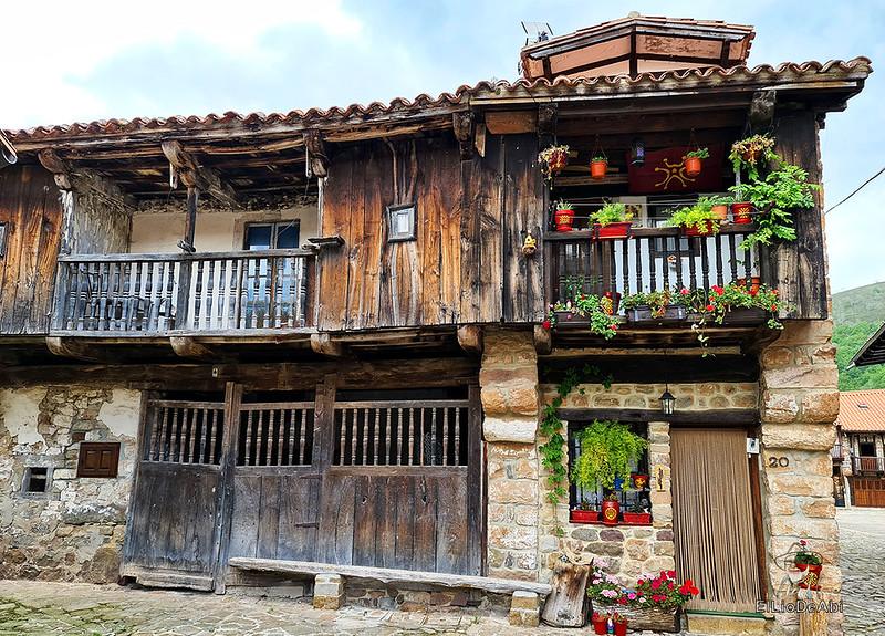 Una visita a Barcena Mayor, uno de los Pueblos más Bonitos de España (8)