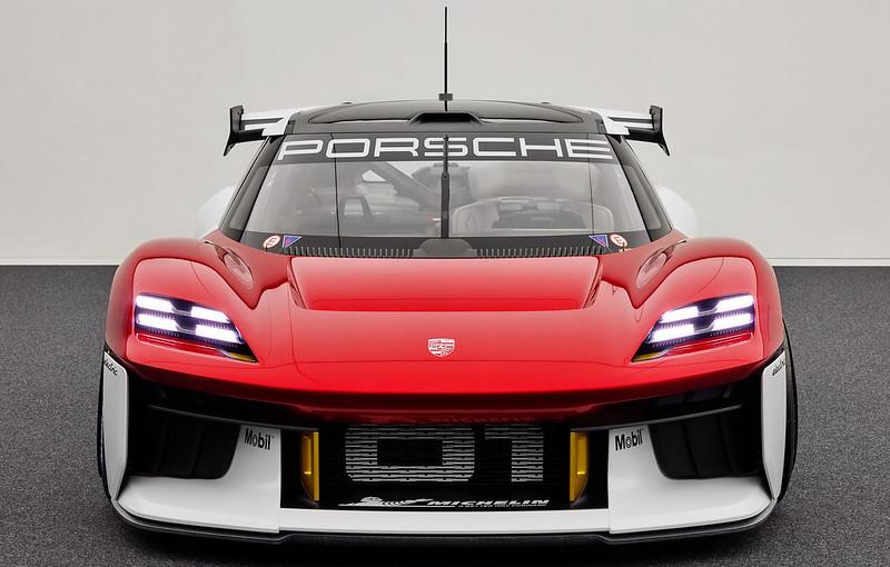 Porsche-Mission-R (24)