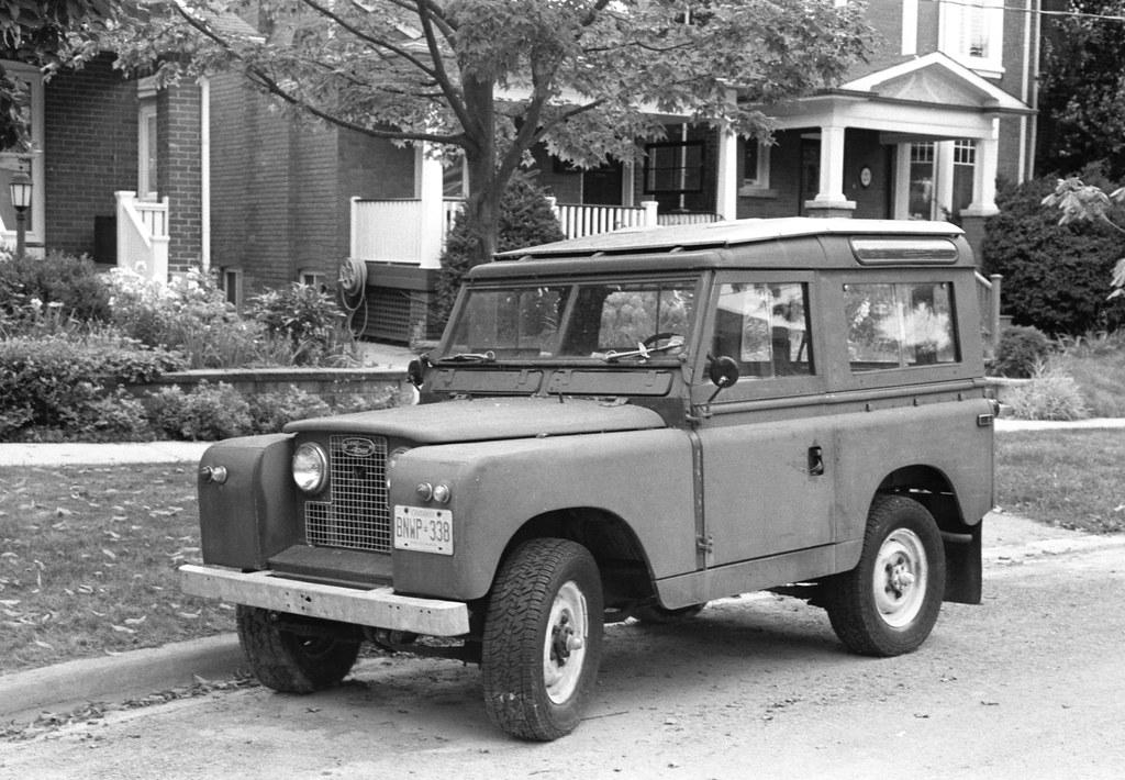 Vintage Land Rover 3 Door