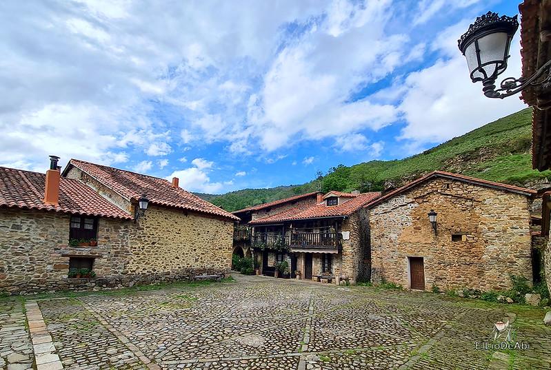 Una visita a Barcena Mayor, uno de los Pueblos más Bonitos de España (18)
