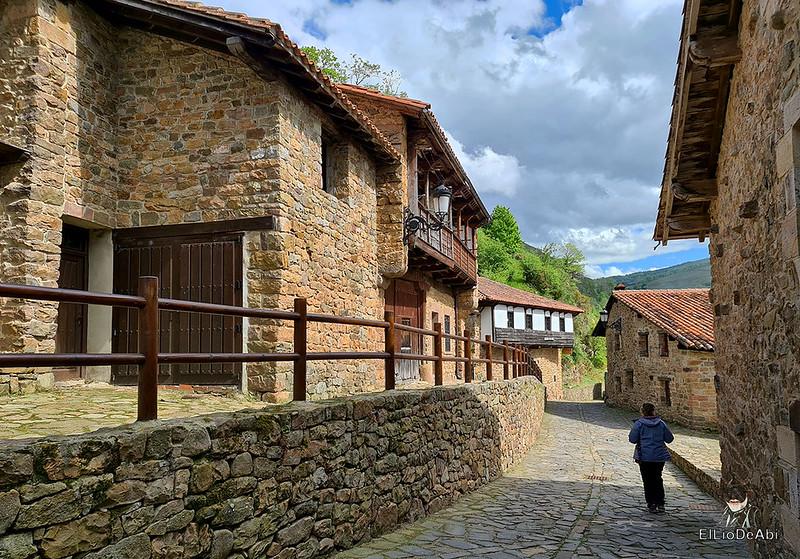 Una visita a Barcena Mayor, uno de los Pueblos más Bonitos de España (1)