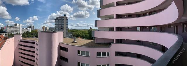 Schwungvoll - Berliner Häuser nah und fern