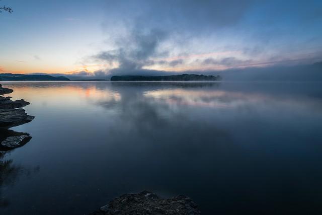 Night ends at Green River Lake