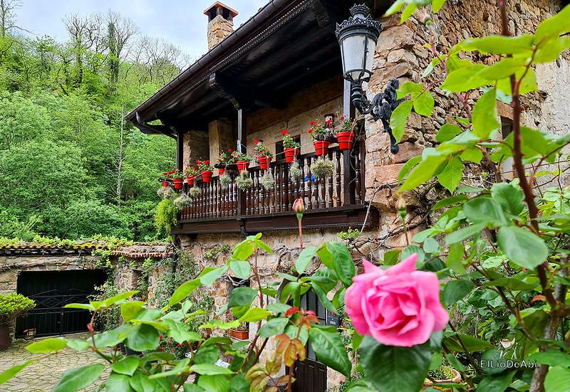 Una visita a Barcena Mayor, uno de los Pueblos más Bonitos de España (12)
