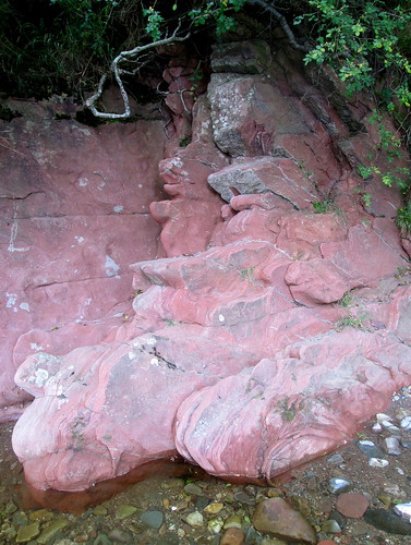 River West Water, Geology, red sandstone