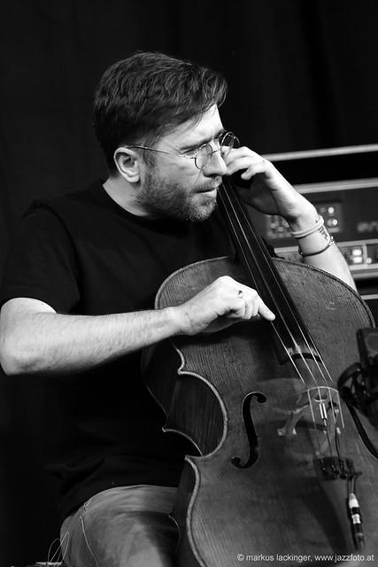 Valentin Ceccaldi: cello