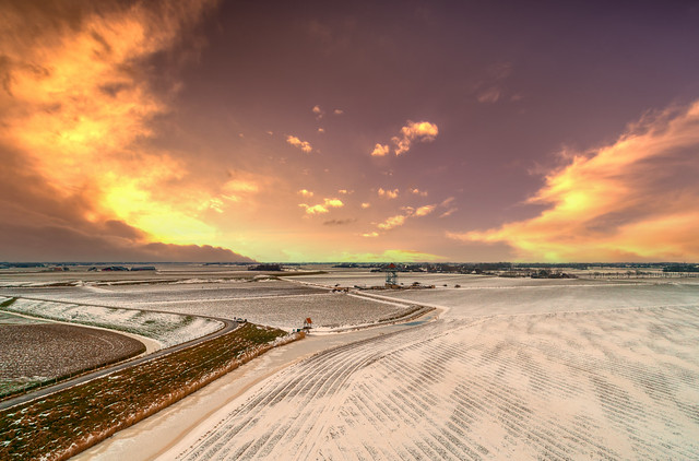 Winter skies over wintery West Frisia.