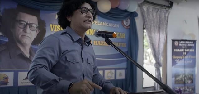 Kampung Latah Kena Kuarantin Filem Pertama Tonjol Gelagat Komedi Latah