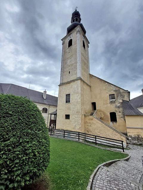 Klosterkirche Maria Schnee (Beate Mariae Virgini ad Nives) und dem heiligen Oswald, Gloggnitz - Austria (135927)