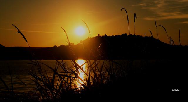 Le coucher du soleil est la preuve que des fins peuvent être belles