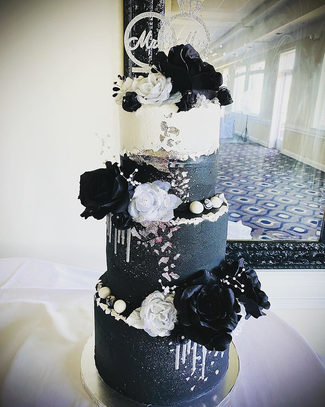 Cake by Lena's Boutique of Sweets LLC