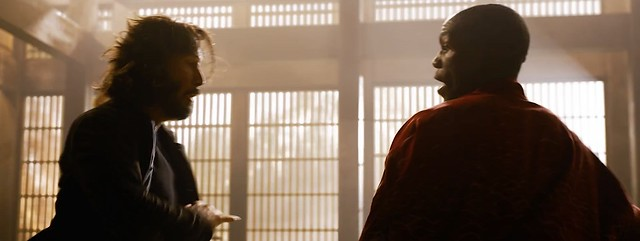 Matrix Resurrections NEO Fights Morpheus 02