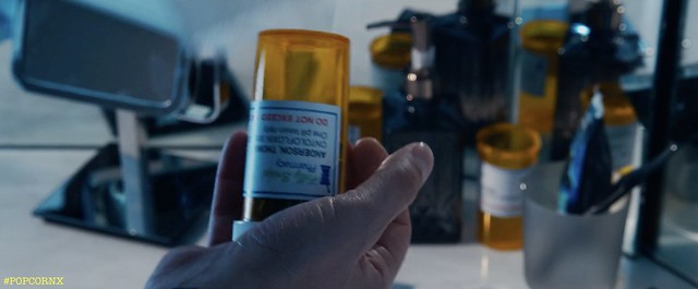 MATRIX RESSURECTIONS Neo Takiong Pill 02
