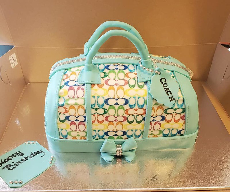 Cake by Poppin Pastries