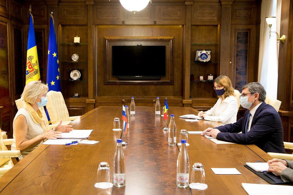 08.09.2021 Întrevederea Președintelui Parlamentului, Igor Grosu, cu Ambasadorul Republicii Slovene, Lea Stančič