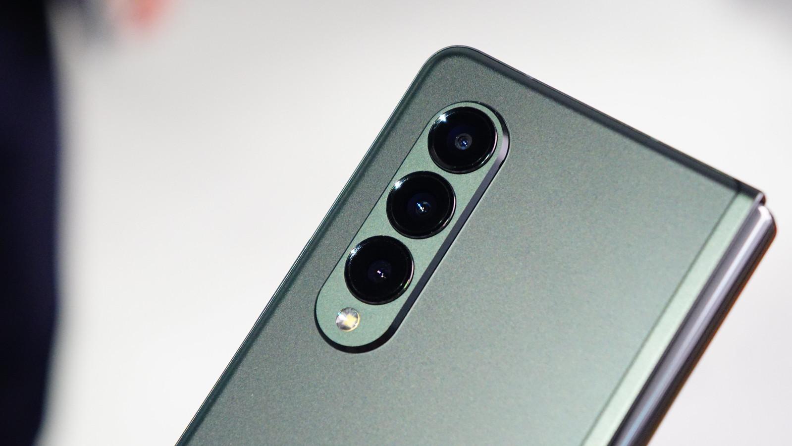 Galaxy Z Fold3 5G フォトレビュー|カメラ
