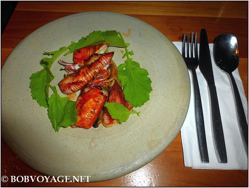 קלמארי צרוב בגלייז פורצ'יני ב- מסעדת משייה (Mashya)