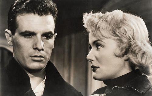 Francisco Rabal and Jacqueline Pierreux in El canto del gallo (1955)