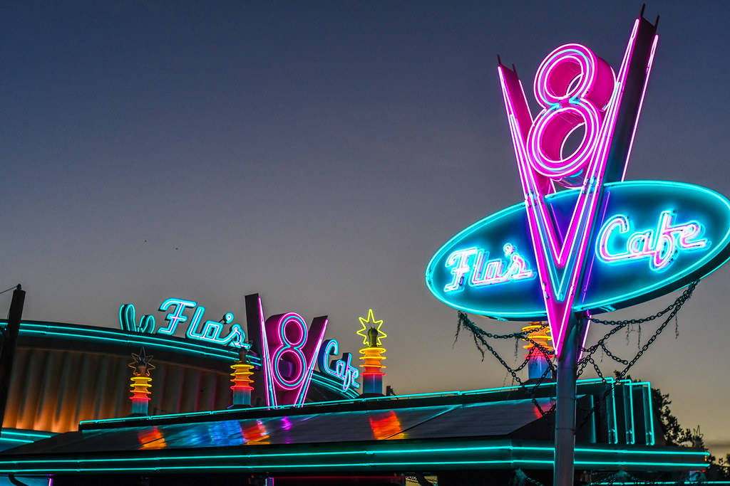 Flo's signs DCA