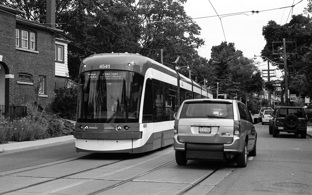 Minivan and the College Carlton and Gerrard Streetcar