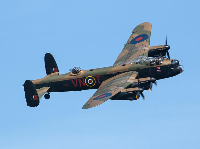 Avro Lancaster - Royal Air Force - PA474