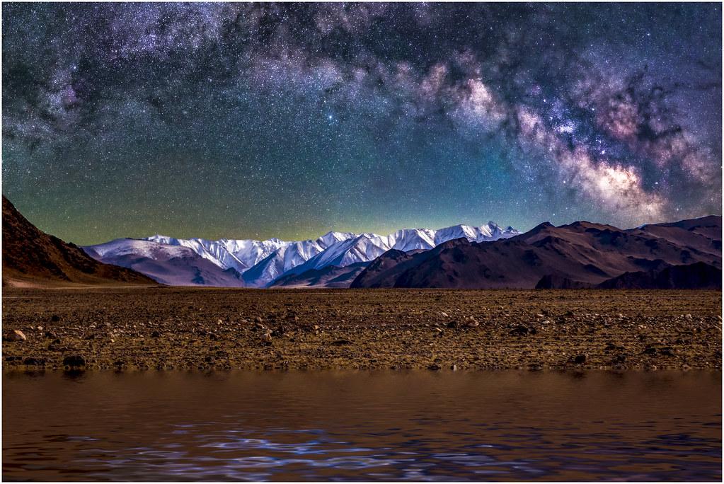 Imagining Nightfall On Ancient Mars by Ron Williams