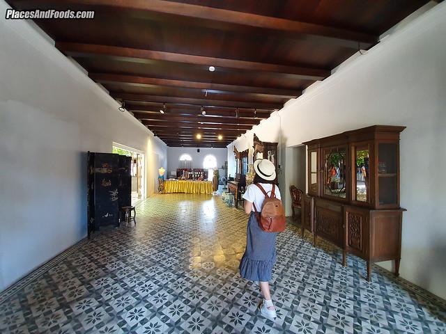 Baan Nakhon Nai Museum decorations