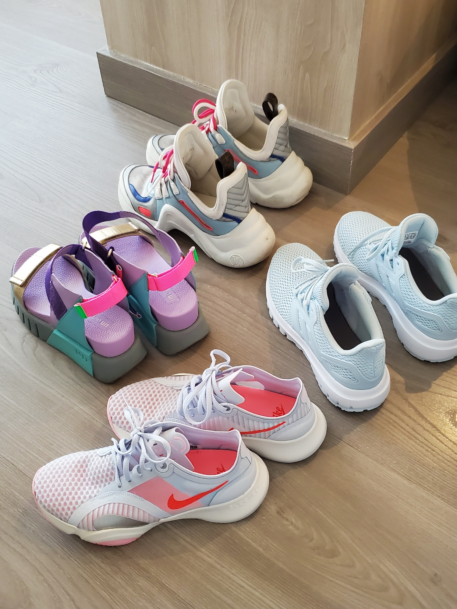 leftbanked shoes