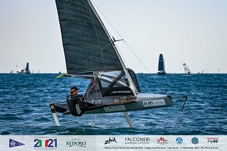 Fraglia Vela Malcesine_2021 Moth Worlds-3357_Martina Orsini