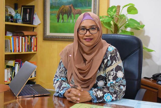 Rozita Che Wan Jadi Duta Himaya Premium Hijab Medical Face Mask