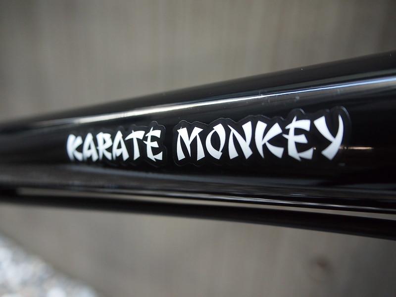 SURLY Karate Monkey Deore MX Logo 2