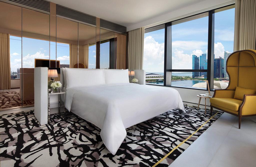 JW Marriott Singapore South Beach, Premier Marina Bay Suite