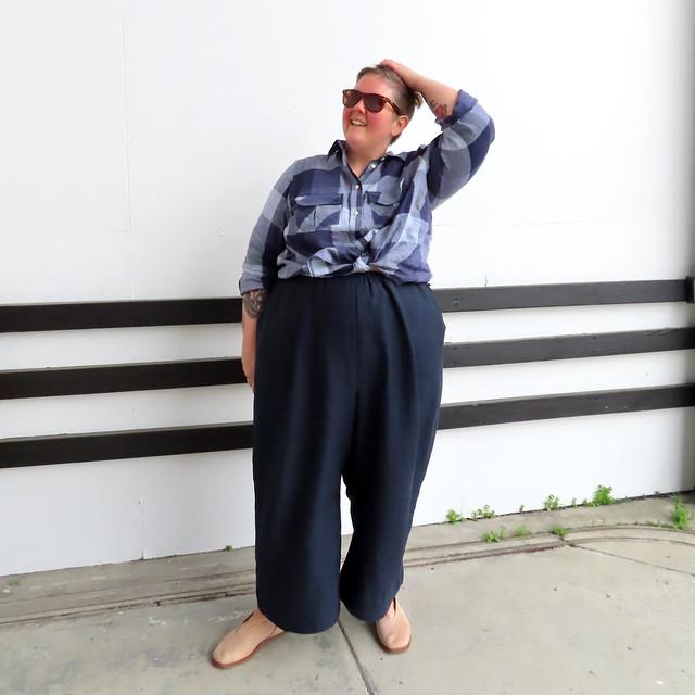 Tencel pleated pants-15