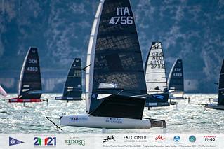 Fraglia Vela Malcesine_2021 Moth Worlds-3743_Martina Orsini
