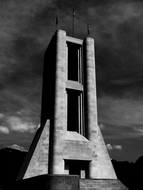 War memorial at Lake Como