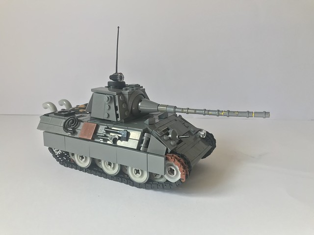 Lego Panther 3