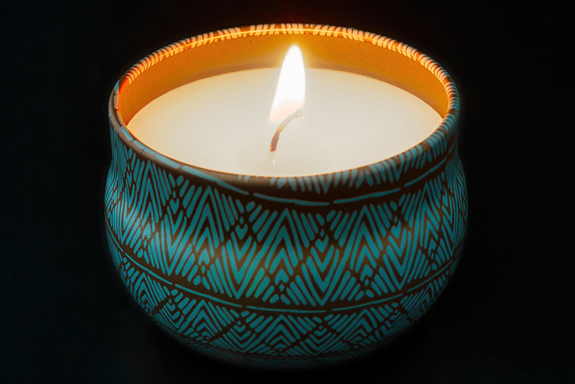 Frosted Mango Candle